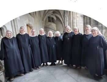 Die Nonnen von les Benedictines de Chantelle